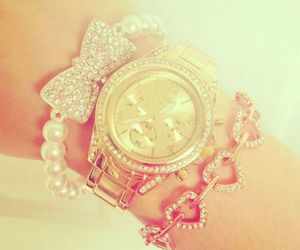accessories, fashion, and rosy image