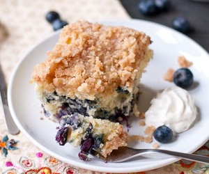 blueberry, coffee cake, and streusel image