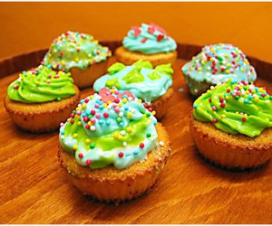colorfull, sweet, and cupcakes image