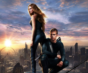 divergent and four image