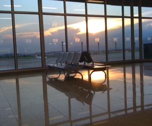 airport, aviao, and chair image