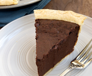 chocolate, pie, and crust image