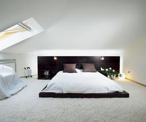 bed and floor image