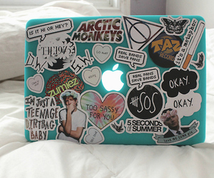 apple, 5sos, and laptop image