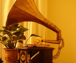 grammophone, soft light, and music player image