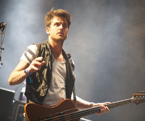 band, bass, and jared followill image
