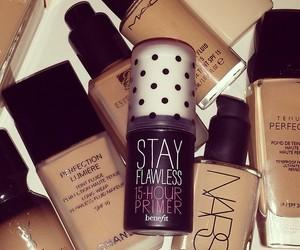make up, cosmetics, and Foundation image