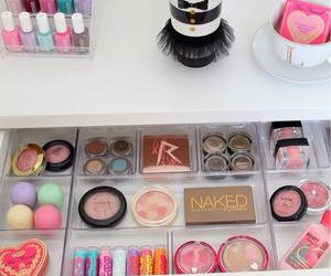 girl, happiness, and makeup image