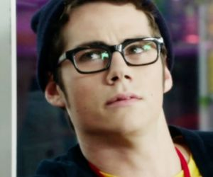 beanie, glasses, and icon image