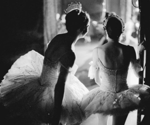b&w, ballet, and black and white image