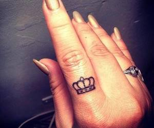 tattoo, crown, and fingers image
