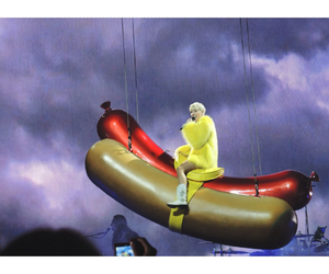 cyrus, hot dog, and miley image