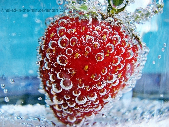berry, bubbles, and bubbly image