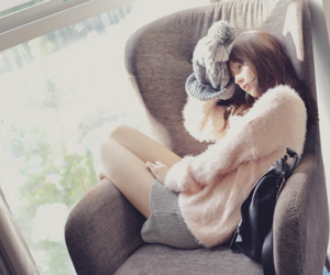 girl, korean, and lonely image