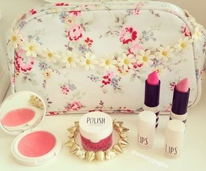 pink, lipstick, and girly image