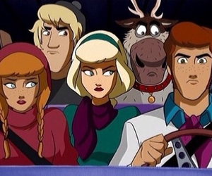 shaggy and daphne in love