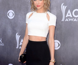beautiful, girl, and Taylor Swift image