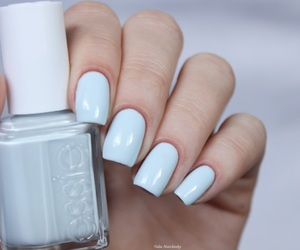 nail polish, photography, and essie image