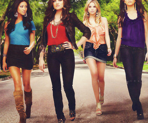 pretty little liars, spencer, and emily image