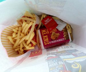 fat, food porn, and French Fries image