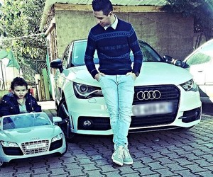 audi and family image