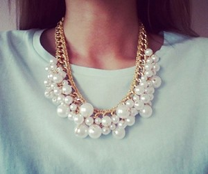 fashion, necklace, and pearls image