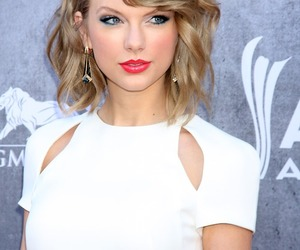 beauiful, taylor, and eyes.girl image
