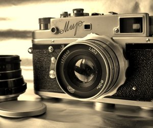 camera and old image