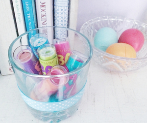 eos and baby lips image