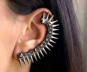 ear cuff image