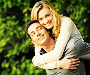 chuck, sarah walker, and coppia image