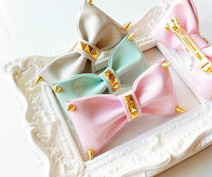 bow, pastel, and spikes image