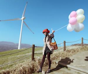 girl, balloons, and ulzzang image