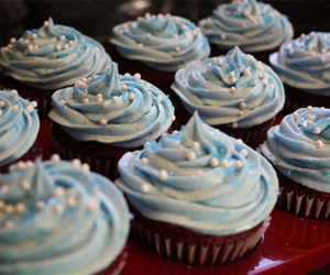 food, cupcake, and blue image