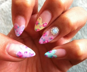 nails and floral image