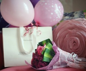 ballon, bed, and gift image