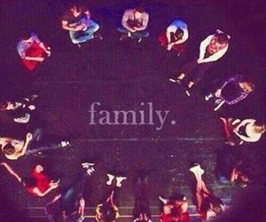 glee and family image