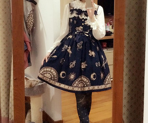 classic lolita, lolita fashion, and innocent world image