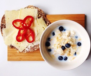 berry, blueberry, and bread image