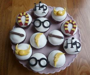 harry potter, cupcake, and hp image