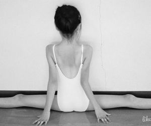 ballet and streching image