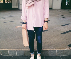 831 images about hijab fashion on we heart it see more about hijab fashion and muslim Foto style fashion remaja