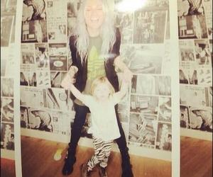lou, lux, and 1d image