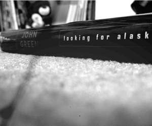 books, daises, and looking for alaska image