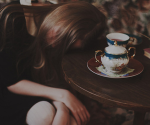 girl, vintage, and tea image