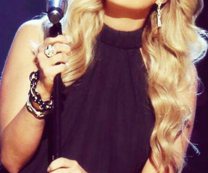 celebrity, female, and carrie underwood image