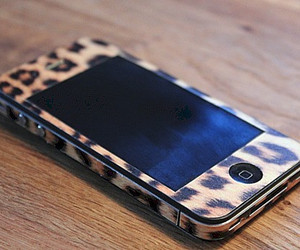 iphone, leopard, and phone image