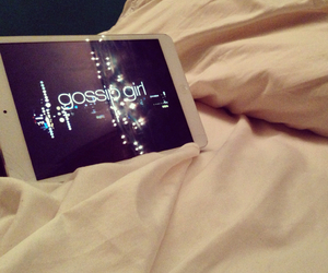 bed, chuck bass, and gg image