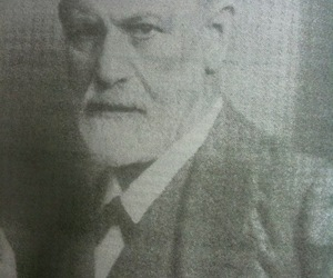 freud and portrait image