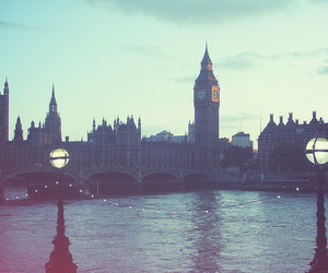 alone and london image